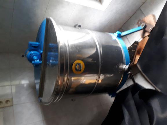 Extracteur de miel 12 cadres