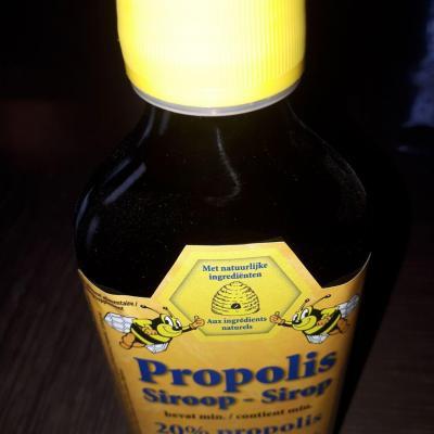 Sirop a 20 de propolis 1